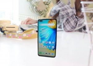 6.9-inch 90Hz display camon 16 premier